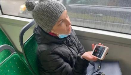 В Львове за безбилетный проезд в троллейбусе оштрафовалидепутата от партии Порошенко. Видео